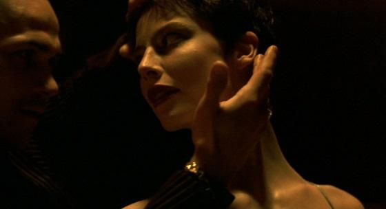 la vie nouvelle recensione grandrieux danza di mélania dance nuova vita lo specchio scuro