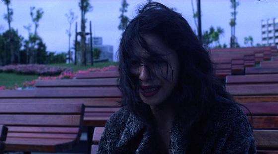vive l'amour crying ending finale pianto recensione tsai ming-liang lo specchio scuro