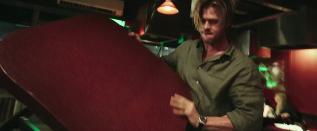 Blackhat Michael Mann Lo Specchio Scuro Recensione Analisi Chris Hemsworth