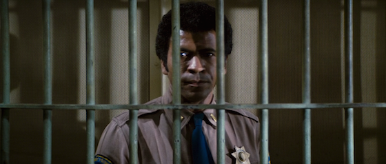 distretto 13 assault on precinct 13 john carpenter 1976 lo specchio scuro analisi recensione