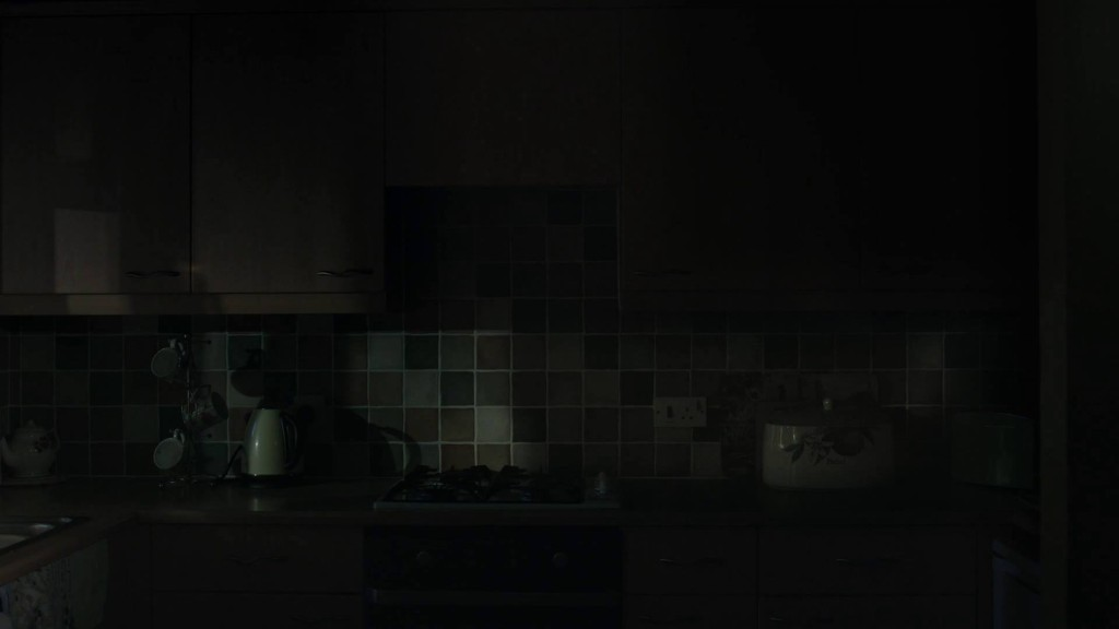 Shadows Scott Barley Lo Specchio Scuro Analisi Recensione