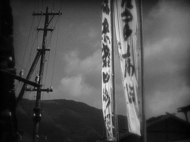 century of birthing lo specchio scuro recensione analisi lav diaz alberto libera storia di erbe fluttuanti floating weeds yasujiro ozu