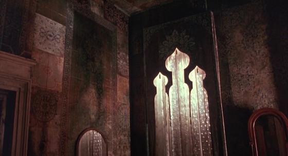 cortesie per gli ospiti lo specchio scuro