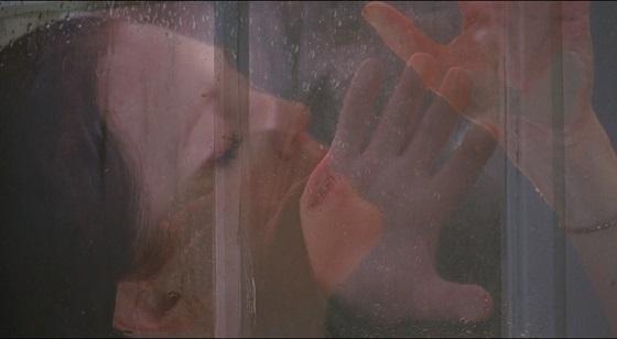chloe recensione egoyan sesso doccia lo specchio scuro