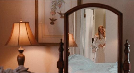 Chloe tra seduzione e inganno atom egoyan film recensione amanda seyfried lo specchio scuro
