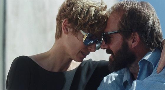 A bigger splash miglior film 2015 top classifica luca guadagnino remake la piscina specchio scuro