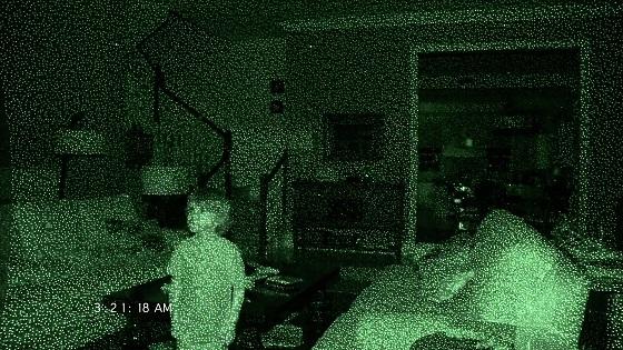 paranormal activity 4 recensione lo specchio scuro