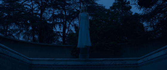 the neon demon top 2016